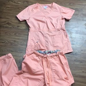 Koi Scrub Set Top Pants Small